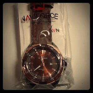 Naviforce Leatherband Man's Watch